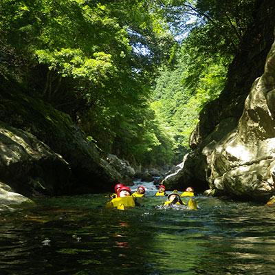 水に浮かぶ穏やかな時間を満喫して下さいね