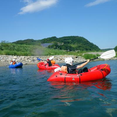 青い空と白い雲奈良吉野川でのぜいたくなひととき